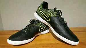 •°Brand New - Nike MagistaX Finale Indoor Soccer Shoes°•