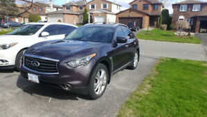 Infiniti FX-35 Fully Loaded
