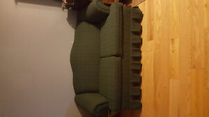 Hunter green love seat. BEST OFFER.