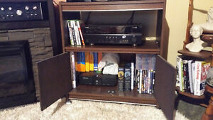 TV COMPONENT STAND WITH STORAGE