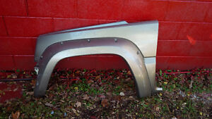 Jeep Liberty Front Fenders London Ontario image 7