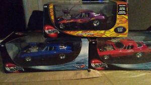 "1/18 Hot Wheels ""PRO STREET VETTES"" nib's"