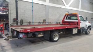 Camion Towing Topkick plateforme