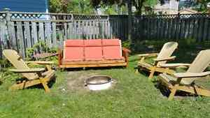 2 roommates wanted  London Ontario image 1