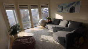 2br DOWNTOWN, ST-HENRI / SUD-OUEST, TERRACE, GARAGE