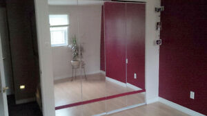 Garde Robe Portes Miroir - Mirrored Closet Doors