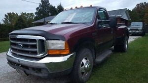 2000 Ford F-350 XLT Pickup Truck Safetied/ Good solid Truck
