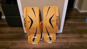 RBK- 8K INT Goalie Pads- BRAND NEW
