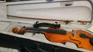 violin and all accessories like new.