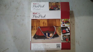 KidCo PeaPod (Red)