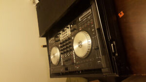 DJ CONTROLLER NS6 & CUSTOM CASE
