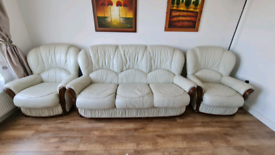 Leather cream / white sofa with chairs 3 1 1