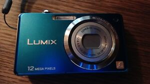 Panasonic 12mega pixels Lumix camera