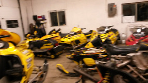 -1999,600200,700,2002,800 ZX Sleds-