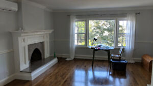 3-Bed Flat, near Hydrostone Mkt