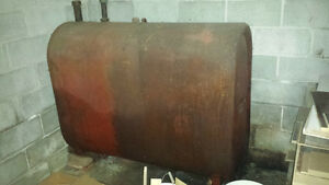 Free oil tank 1/3 filled
