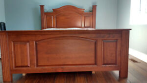 Queen Bedroom Suite - Bed&Chest of Drawers