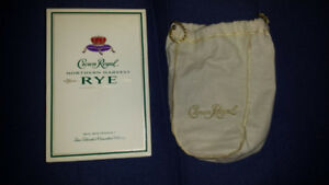 COLLECTOR'S ITEM -- Crown Royal Rye: Norther Harvest Box and Bag