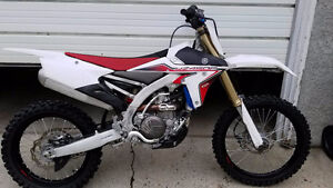 2015 Yamaha YZ450F. great condition - like new.