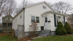 Hfx - FURNISHED WestEnd 2Br bungalow Avail Now for Short Term