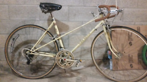 b07c26fd717 Women | New and Used Bikes for Sale Near Me in Hamilton | Kijiji ...