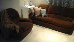 Sofa 3 places et chaise