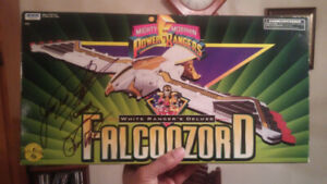 Mighty Morphin Power Rangers FalconZord