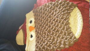 Baby owl blanket and hat