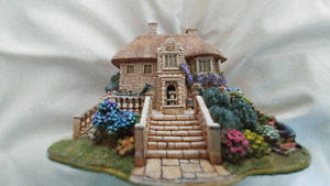 Lilliput Lane - River Meadow Manor