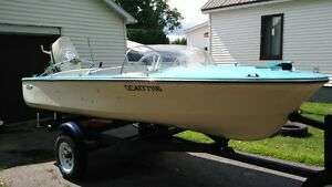 vieux bateau de collectionneur a vendre....personne serieux seul
