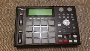 MPC 1000 Sampler & Sequencer