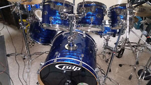 PDP Maple (Blue Oyster Finish) Shell Pack with cases