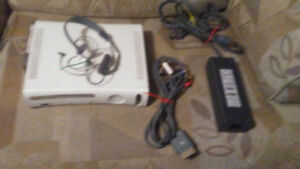 Microsoft XBOX 360 - Read Description