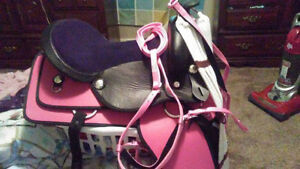 "16"" Saddle Brand New Pink/ Black"
