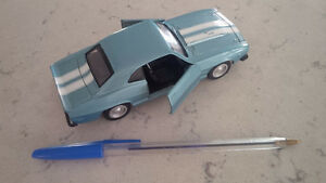 Diecast Camaro Z28 1969, New Ray 1999 Kitchener / Waterloo Kitchener Area image 2