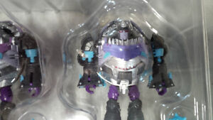 transformers Sharkies by unique toys Kitchener / Waterloo Kitchener Area image 7