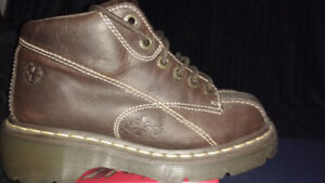 Doc Martens Brown chunky shoes/boots-pickup Pape Danforth area