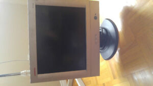15 INCH LCD MONITOR FOR SALE