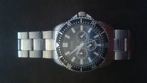 GUESS Watch for sale 80$ or best offer Cornwall Ontario image 1