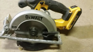 "6 1/2"" Dewalt CORDLESS Circular Saw DCS391 Including 20V Battery"