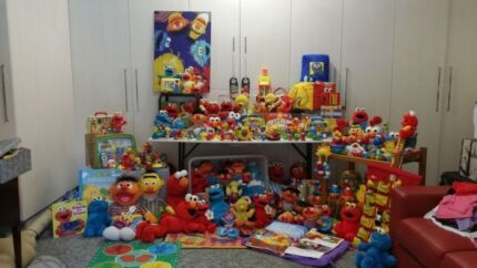 Sesame Street Collection Whole - Urgent Sale