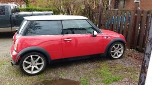 2002 MINI Mini Cooper S Hatchback