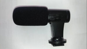 Universal Microphone for Mobile Phones and Cameras