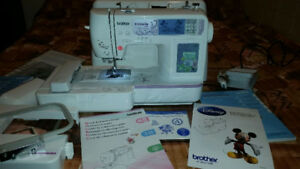Embroidery Sewing machine Innovis 950D