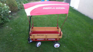 Radio Flyer Trav-ler Wagon Comes with Canopy