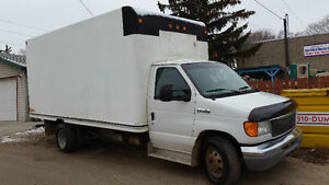 2006 Ford E450 Super Duty...  ECONOLINE CUTAWAY.