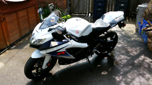 2010 Suzuki GSXR 750 showroom condition
