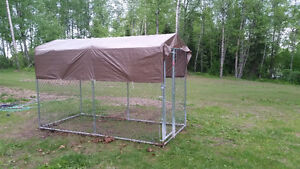 (SOLD) Outdoor Dog Kennel with tarp roof
