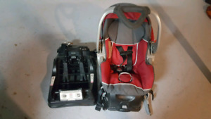 Baby set with 2 carset attachments