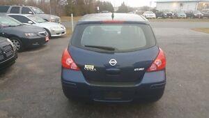 2008 Nissan Versa 4 DOOR HATCHBACK ** SALE PRICED ** CERT $4995 Peterborough Peterborough Area image 5